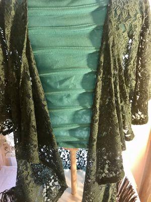 LuLaRoe floral lace Monroe kimono for Sale in Apopka, FL
