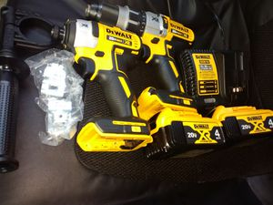 Dewalt Drill Set.. Brandnew for Sale in Baton Rouge, LA