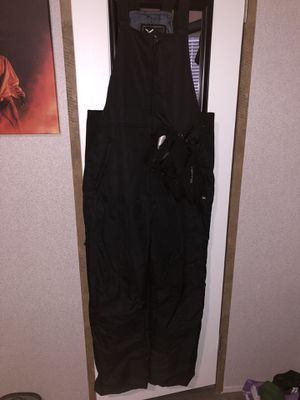 Ski suit with gloves (Large) for Sale in Cleveland, TX