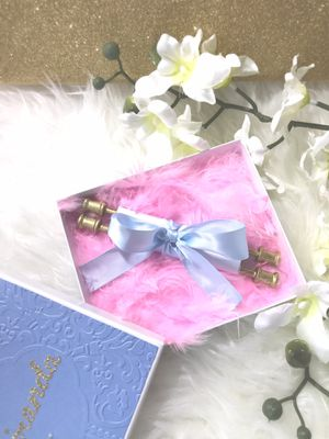 Scroll invitations for Sale in Hialeah, FL