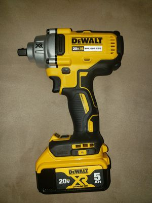 Dewalt 20v XR Brushless 1/2 Inch 3 Speed Impact Wrench With 5.0 Lithium Ion XR Battery for Sale in Bell Gardens, CA