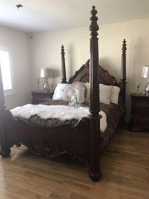BEDROOM SET QUEEN SIZE MARBLE TOPS for Sale in Irwindale, CA