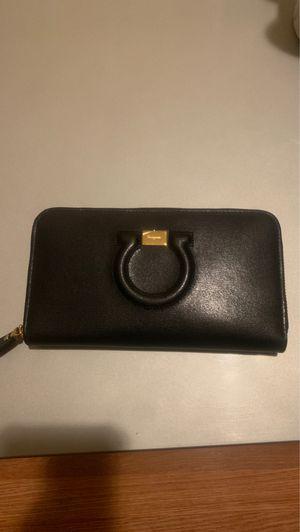 Ferragamo wallet for Sale in Oakland, CA
