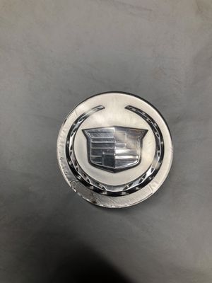 Cadillac escalade cts ats center cap Factory oem Silver Single used cap Part# 9595439 All clips in great condition for Sale in Orlando, FL