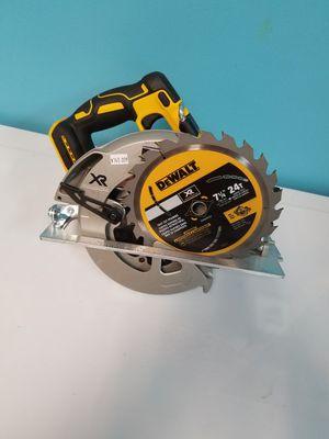 Dewalt 20v max XR 7 1/4 saw tool only for Sale in Alpharetta, GA