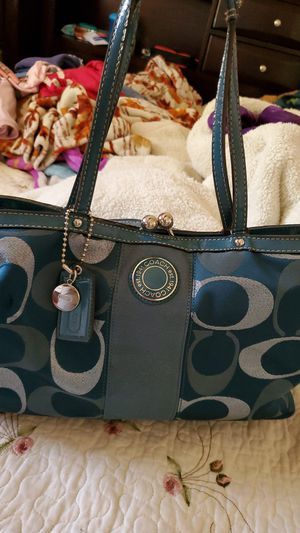 Original Coach handbag for Sale in Sandston, VA
