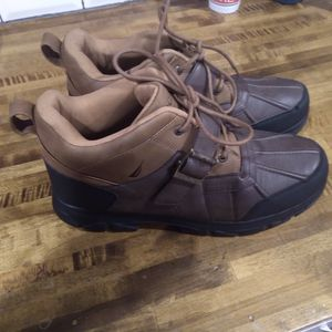 Size 12 nautica boots never worn for Sale in Beebe, AR
