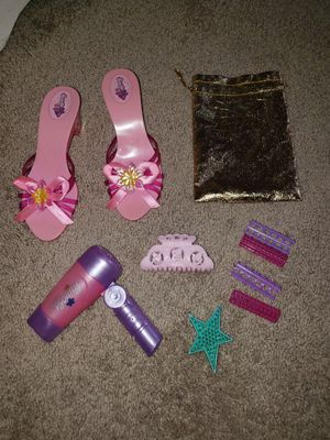 Heels and accessories for little girls for Sale in Ceres, CA