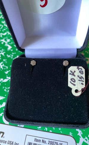 10k diamond earrings $550 for Sale in San Francisco, CA