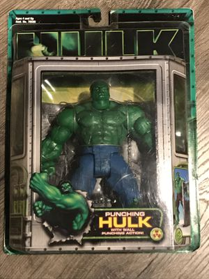NEW 2003 PUNCHING HULK ACTION FIGURE MARVEL TOY BIZ for Sale in Chula Vista, CA