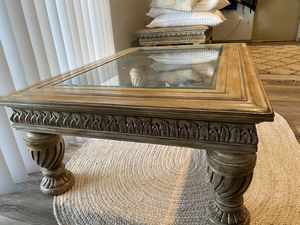 Hooker Coffee Table for Sale in Stanwood, MI