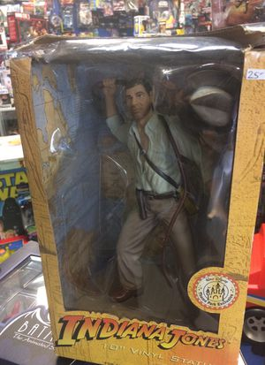 Indiana Jones 10 inch statue open box $15 for Sale in Roselle, IL