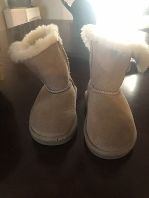 Ugg boots size 6 for Sale in Phoenix, AZ