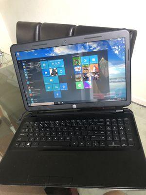 HP 15-d035DX Laptop for Sale in Hialeah, FL