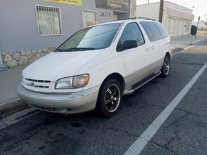 Toyota cienna 98 for Sale in Palmdale, CA