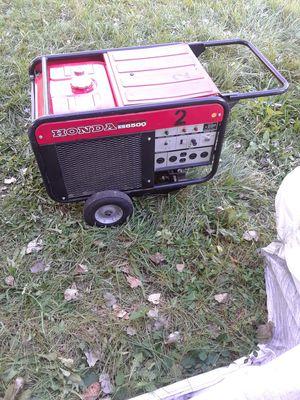Es Honda 6500 watt generator for Sale in Detroit, MI