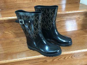Authentic Michael Kors rain boots for Sale in Manassas Park, VA