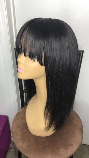 """14"""" wig with bangs for Sale in College Park, GA"""