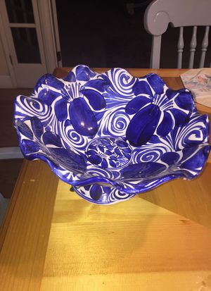 Mexican beautiful fruit or salad bowl excellent condition for Sale in Millbrae, CA