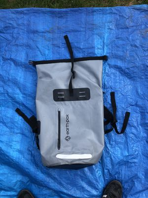 Earthpak Summit Dry Bag 35L for Sale in Gladstone, OR