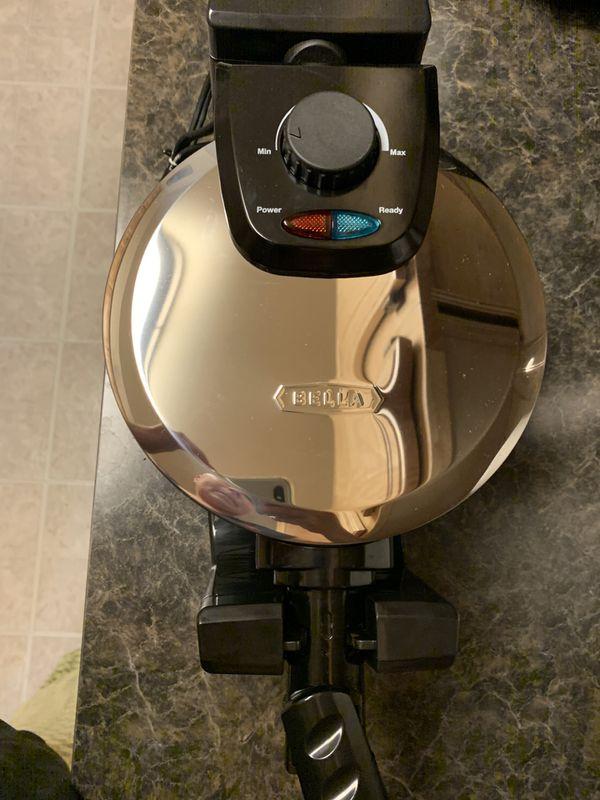 Bella waffle machine