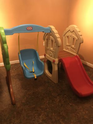 Swing set for toddlers $100 for Sale in Joint Base Andrews, MD