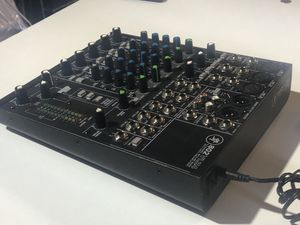 Mackie 802VLZ4 Compact 8 channel mixer for Sale in Riverside, CA