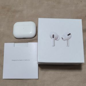 Airpod Pro With Wireless Charging Case for Sale in Edgewood, FL