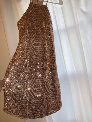 Rose gold dress for Sale in Oviedo, FL