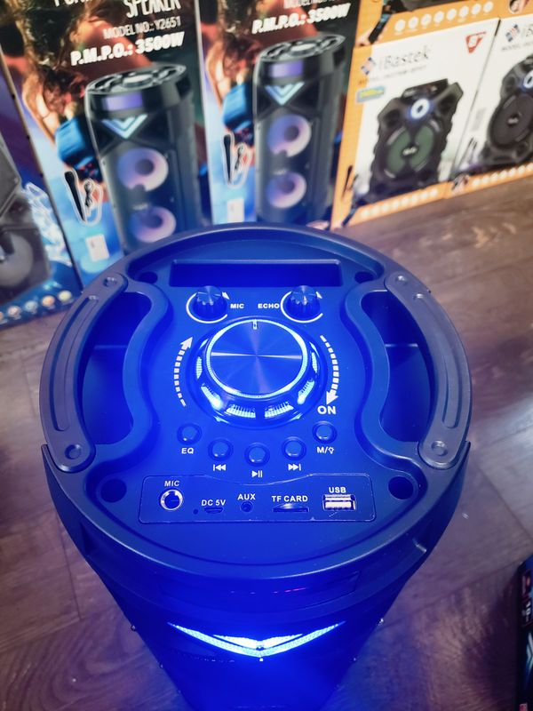 Bocina Nueva Bluetooth SUPER KARAOKE !!! Bluetooth Speaker With LED LIGHTS !!!Rechargeable 🔋 +++ New in Box