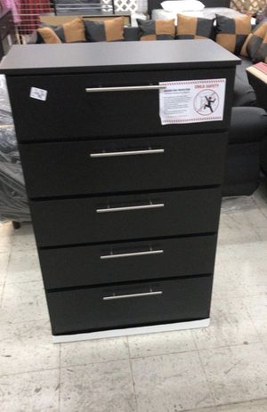 Chest 5 Drawers (BRAND NEW) GAVETERO BLACK OR WHITE for Sale in Hialeah, FL