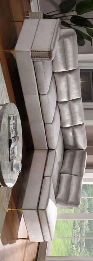 Vogue sectional sofa gray for Sale in Houston, TX