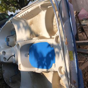 Paddle Boat for Sale in Shafter, CA
