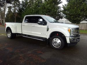 2017 Ford F-450 Lariat Crew Cab DRW 4WD 6.7L for Sale in Puyallup, WA