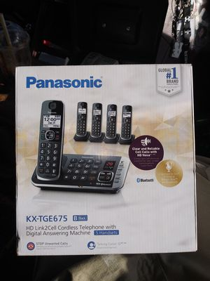 Panasonic BLUETOOTH CORDLESS TELEPHONE WITH DIGITAL ANSWERING MACHINE. 5HANDSETS, BLACK for Sale in Portland, OR