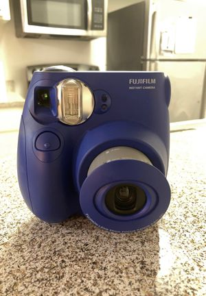 Fujifilm instant camera for Sale in Pomona, CA