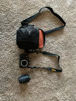 Nikon D3100 camera for Sale in Minden,  NV