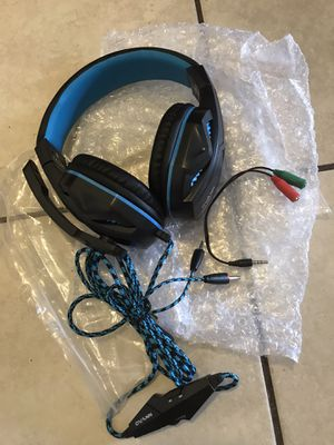 Gaming Headphones for Xbox One & ps4 chat headset wit mic No delivery pickup only for Sale in Huntington Park, CA