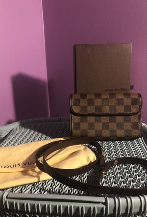 Louis Vuitton Vintage Florentine Waist Bag 100% Aunthentic for Sale in Saint Charles, MD