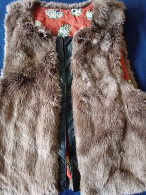 Small fur vest for Sale in Columbus, OH