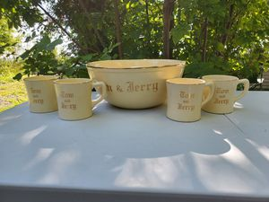 Homer Laughlin Tom and Jerry Punch Bowl Set for Sale in Midland, MI