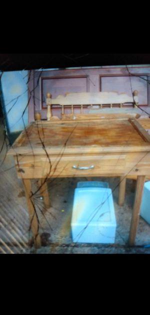 Small handmade desk for Sale in Greensboro, NC
