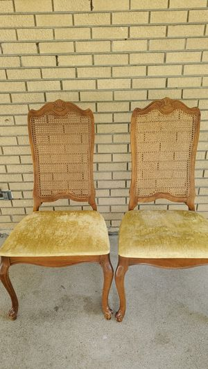 Two chairs antique good condition for Sale in Garden City, MI