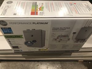 Gas Tankless Water Heater 199,900 BTU for Sale in New York, NY