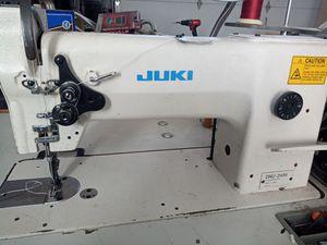Juki dnu-241h sewing machine for Sale in Tracy, CA