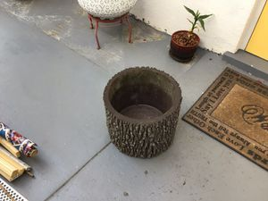 Plant pot for Sale in Sarasota, FL