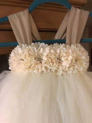 Beautiful flower girl dress for Sale in Greenville, SC