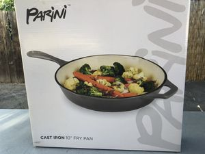 """Cast iron 10"""" fry pan (gray) for Sale in Monrovia, CA"""