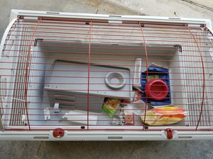 Small animal cage, large living world for Sale in St. Cloud, FL
