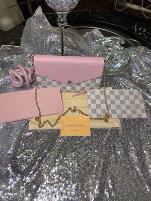 Accesorios purse for Sale in Alexandria, VA